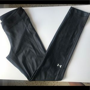 Women's UnderArmour Grey & Black Leggins Size M